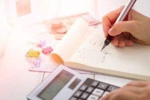 Tarifas bancárias: 8 dicas para evitar cobranças indevidas dos bancos
